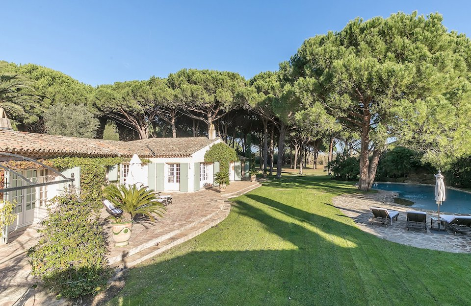 New Exclusivity: Stunning Villa on the Shores of St Tropez