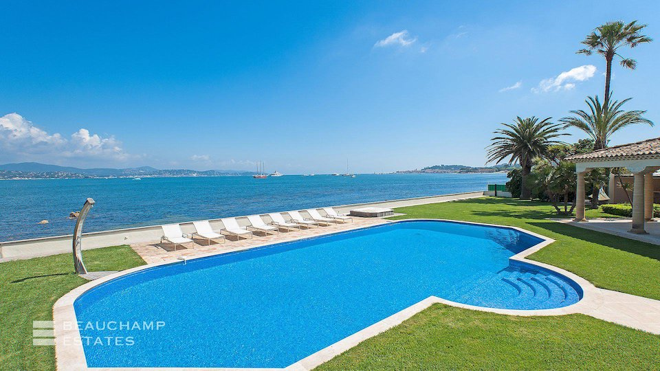 Amazing Beach Front Swimming Pool at St Tropez Villa