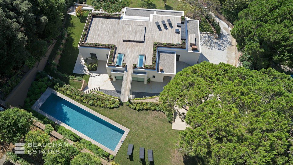 Modern Villa in Cannes With Private Swimming Pool