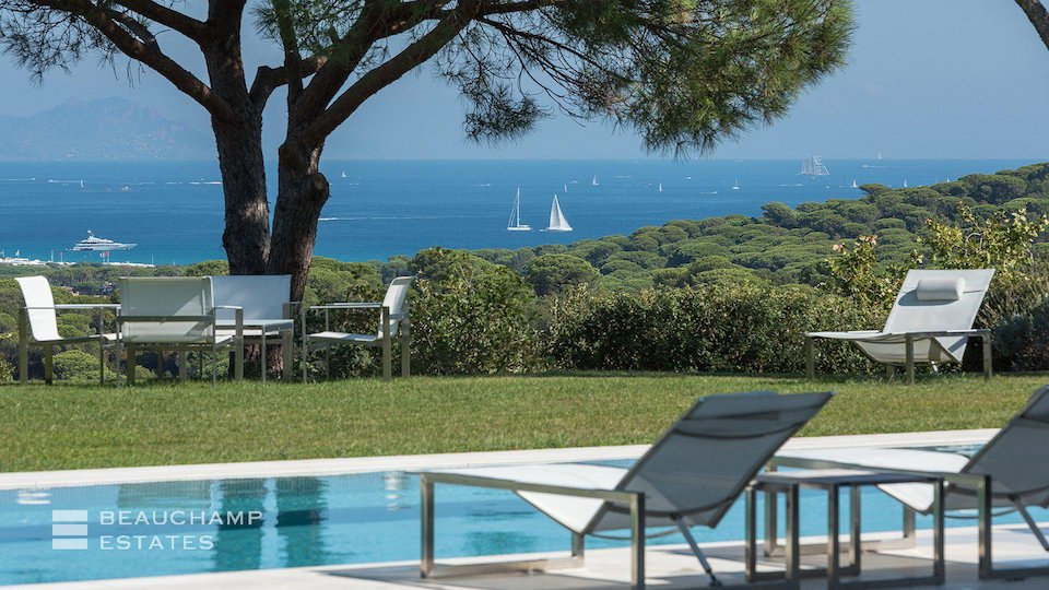 Private Swimming Pool With Outstanding Sea View at St Tropez Villa