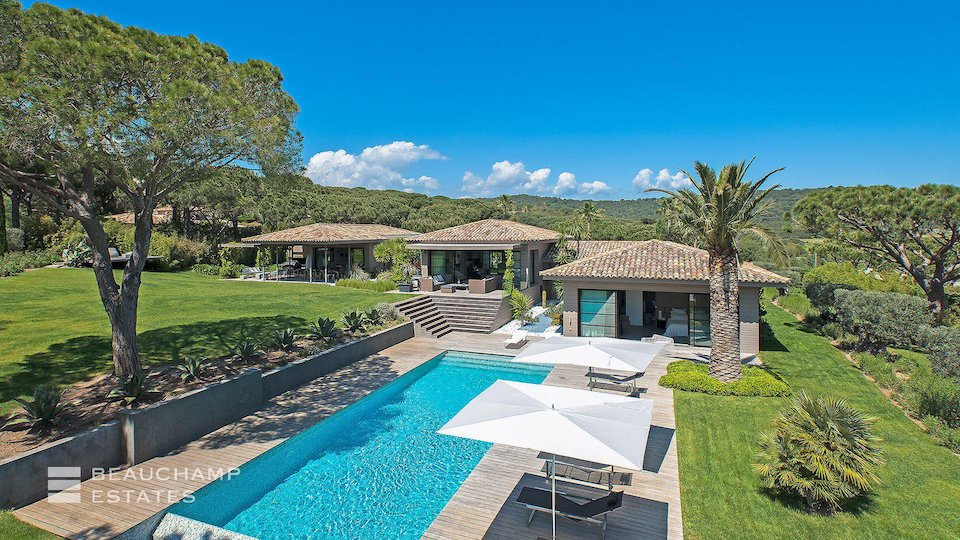 St Tropez Villa With Private Swimming Pool