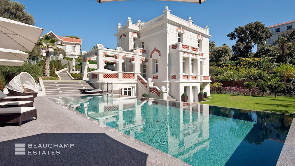 Villa in Cap d'Antibes With Private Swimming Pool