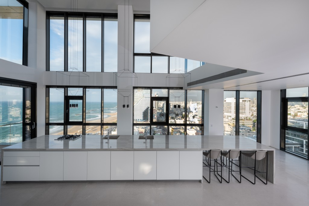 29 HaYarkon Street, Tel Aviv: 530 square metre (5,382 sqft) duplex penthouse with over 270 square meters (2,906 sqft) of balconies. Private rooftop with infinity pool and views over the Mediterranean. Priced at £21.7m